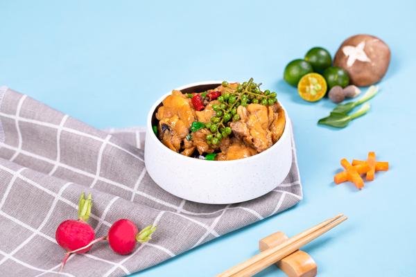 花椒鸡㸆土豆